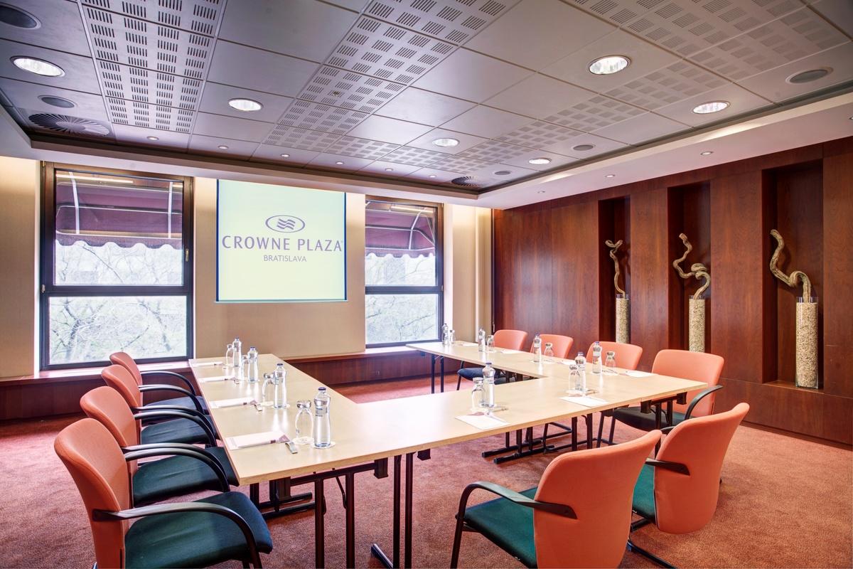 Kiev konferencna miestnost