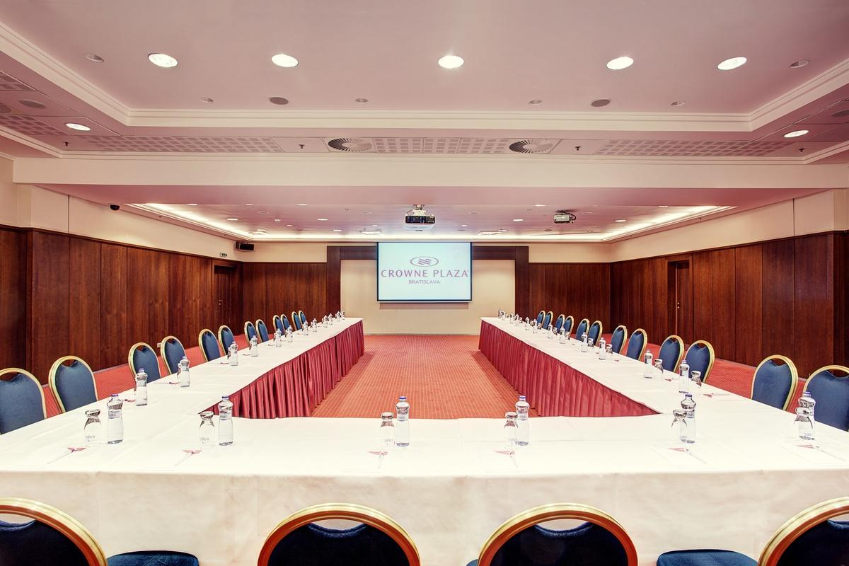 London I konferencna miestnost
